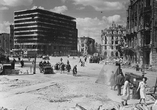 Potsdamer_Platz_1945